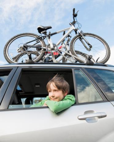comment occuper son enfant lors du trajet en voiture pour les vacances la france du nord au. Black Bedroom Furniture Sets. Home Design Ideas
