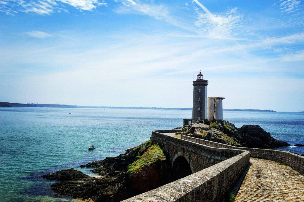 finistere new-min
